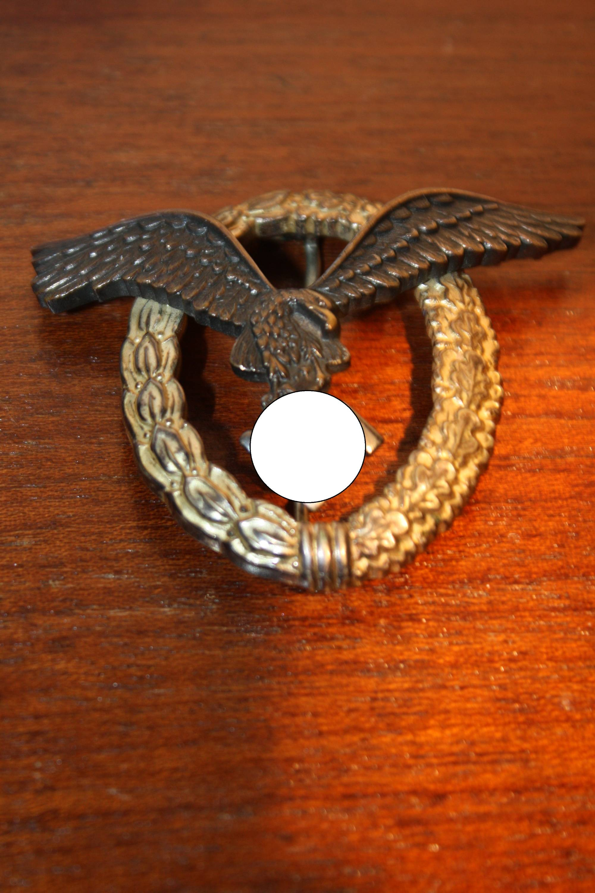 A German World War 2 medal pilot flight officer badge