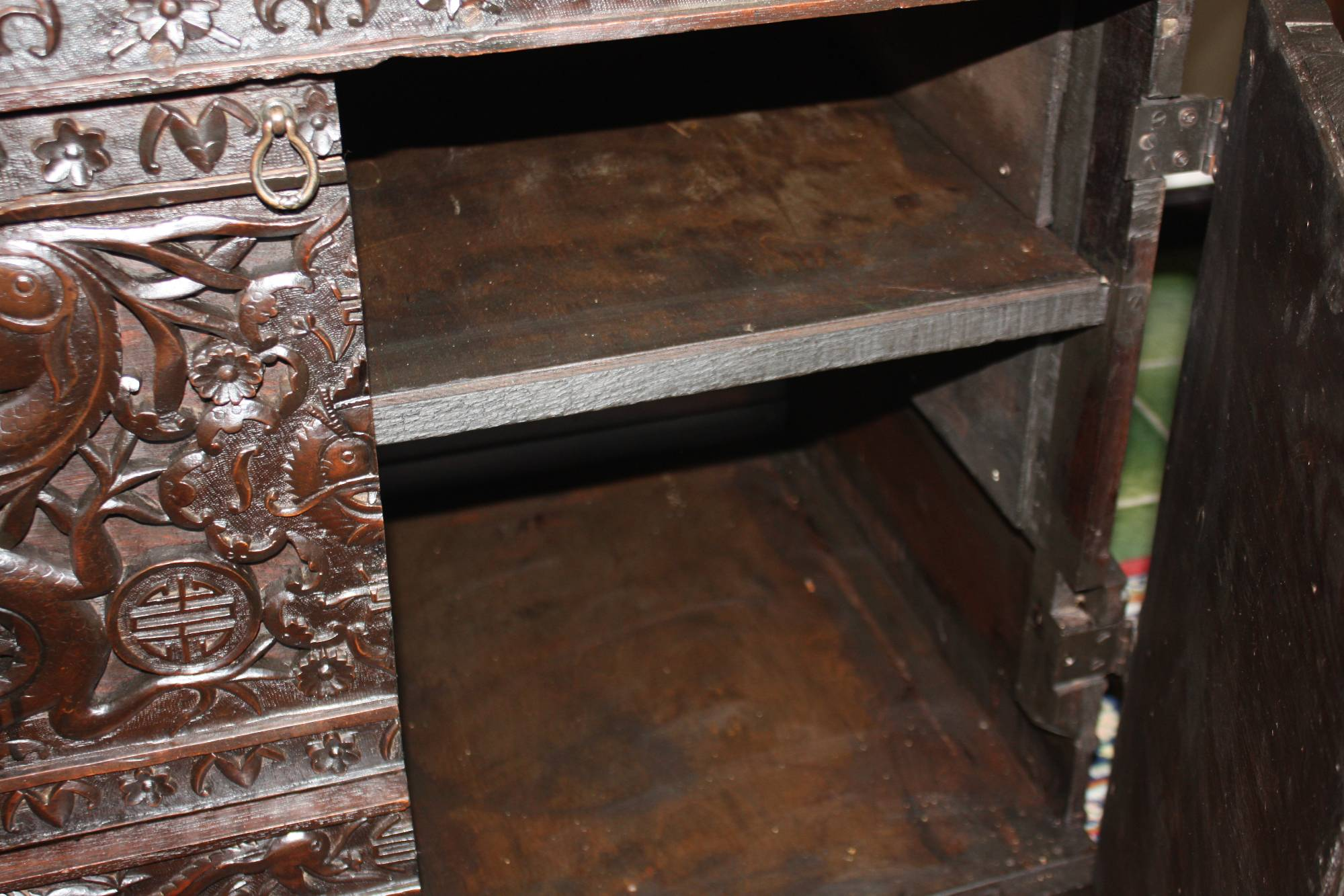 Small antique wooden 2 doors chinese chest with carved dragons