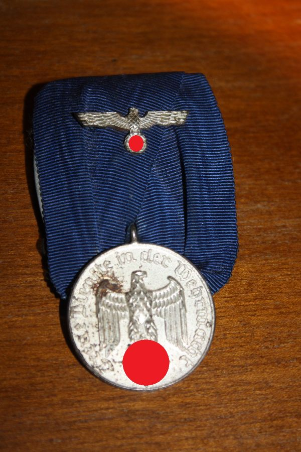 A German 2nd World War service award of the 'Wehrmacht', 4th degree, medal